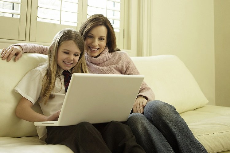 Top 3 Homeschooling Tips for Parents Who Want to Keep Their Child Engaged
