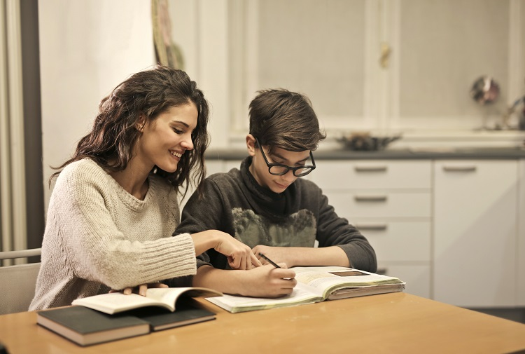 SPEECH LANGUAGE THERAPY FOR TEENS